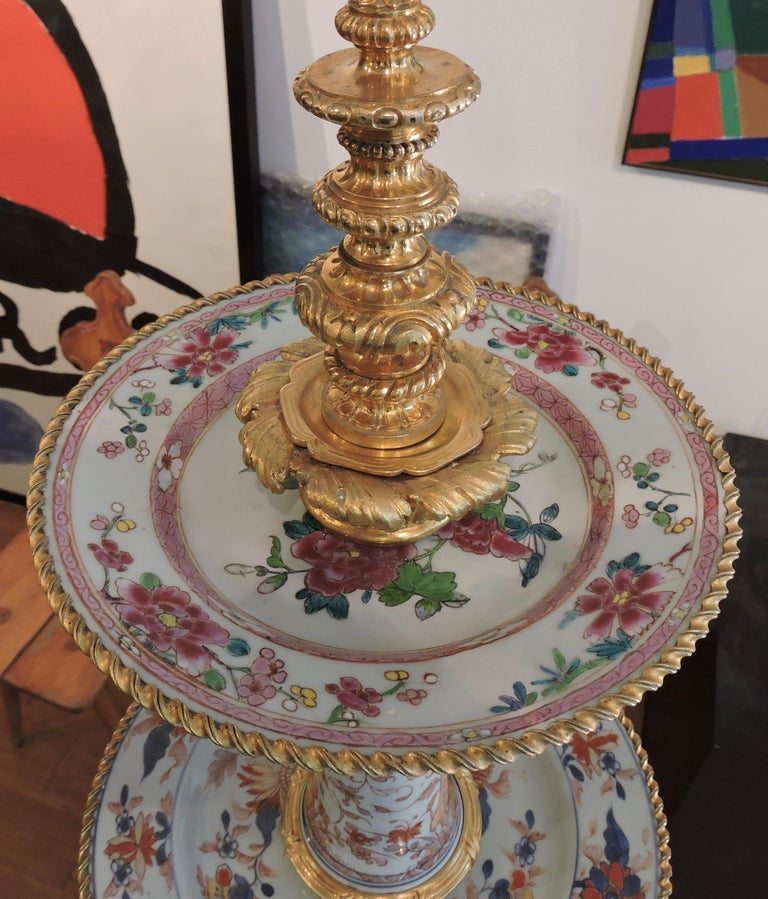Gilt 19th Century Ormolu-Mounted and 18th Century Chinese Porcelain Centrepiece For Sale
