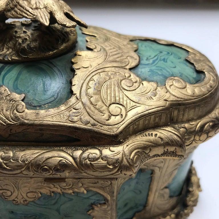 19th Century Ormolu-Mounted Faux Malachite Casket For Sale 4