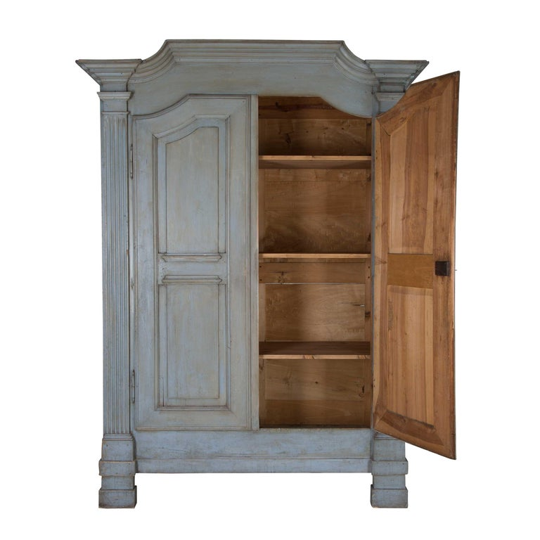 19th Century Painted Italian Armoire In Good Condition For Sale In Gloucestershire, GB