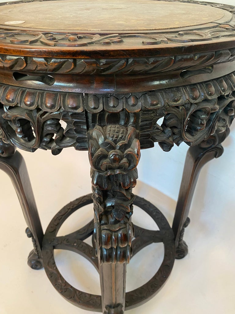 19th Century Pair of Chinese Carved Rosewood Flower Stands Marble-Top For Sale 4