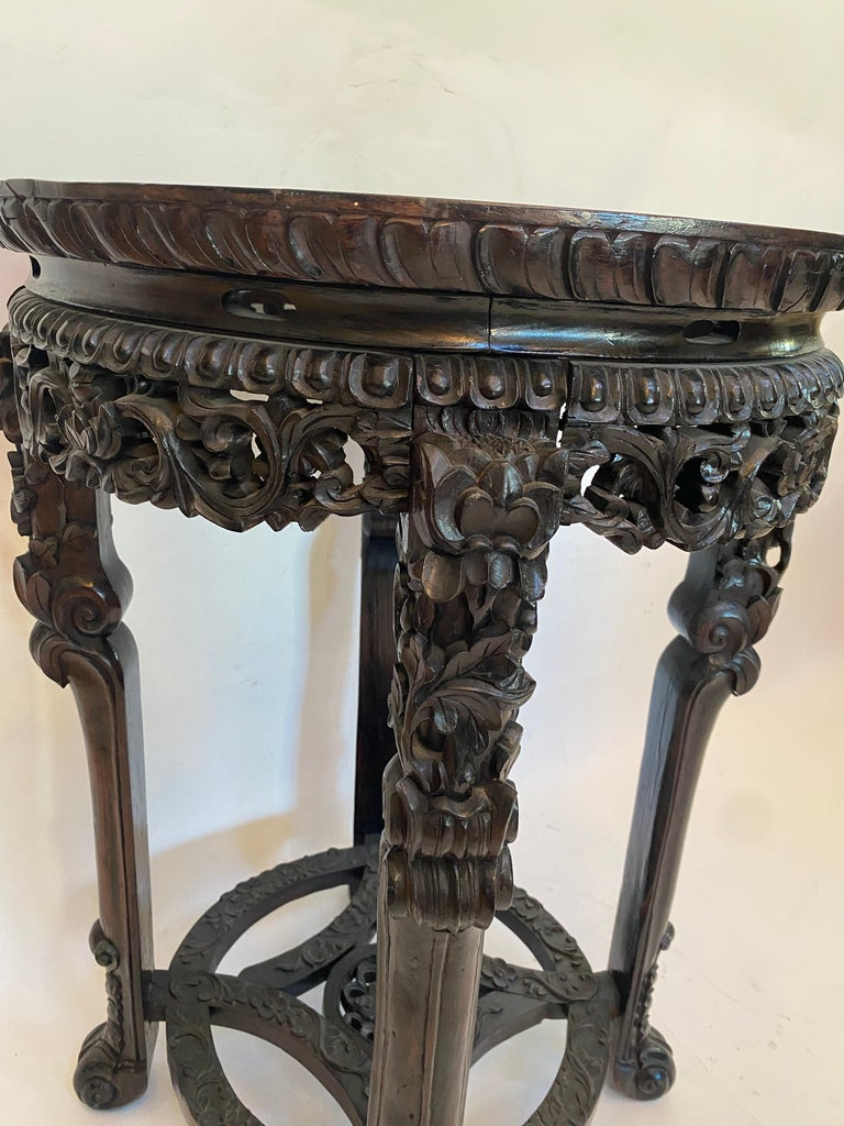 19th Century Pair of Chinese Carved Rosewood Flower Stands Marble-Top For Sale 5