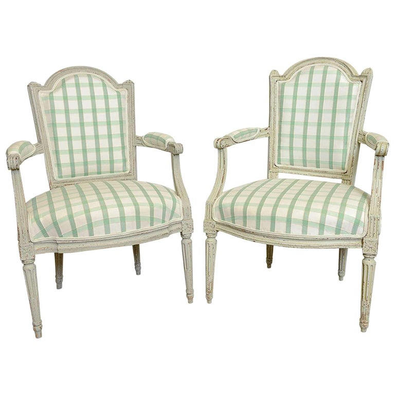 19th Century Pair of Antique Swedish Gustavian Painted Armchairs For Sale