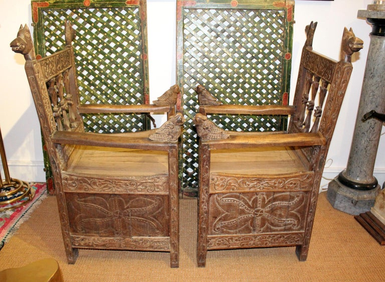 19th Century Pair of Bolivian Hand Carved Wooden Armchairs For Sale 1