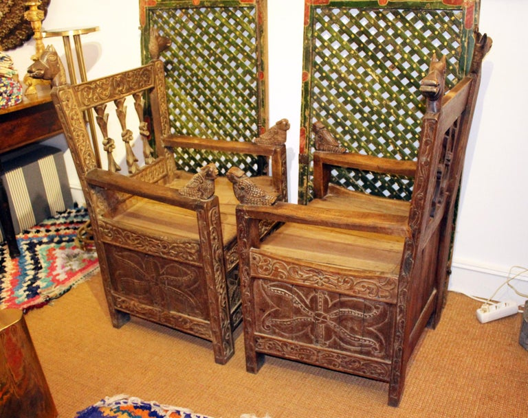 19th Century Pair of Bolivian Hand Carved Wooden Armchairs For Sale 2