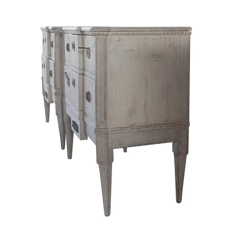 Gustavian 19th Century Pair of Breakfront Neoclassical Commodes For Sale