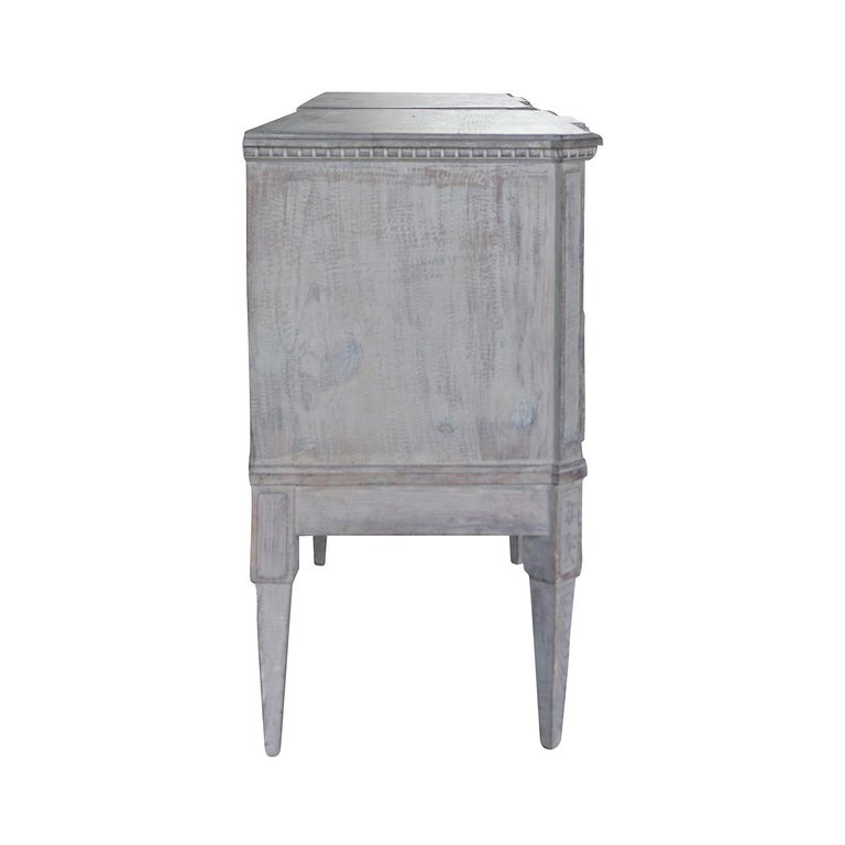 Swedish 19th Century Pair of Breakfront Neoclassical Commodes For Sale