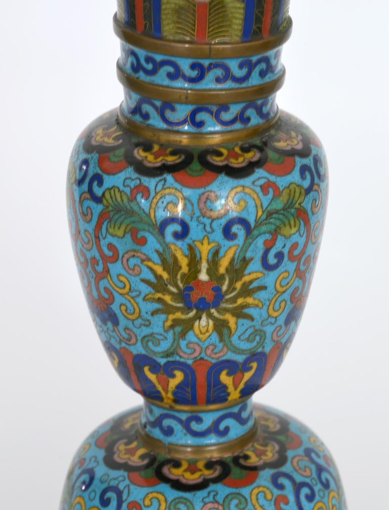 19th Century Pair of Cloisonné Vases, China In Good Condition For Sale In Epfach, DE