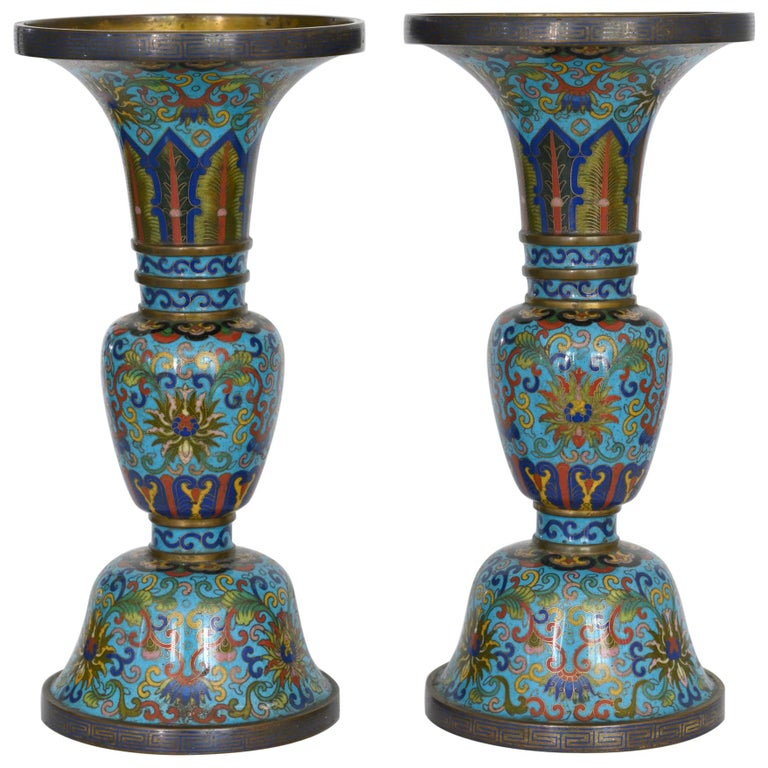19th Century Pair of Cloisonné Vases, China For Sale
