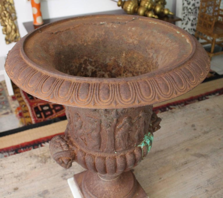 19th Century Pair of French Cast iron Planters For Sale 2