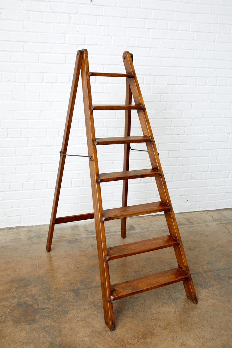 19th Century Pair of French Folding Library Step Ladders In Good Condition For Sale In Oakland, CA