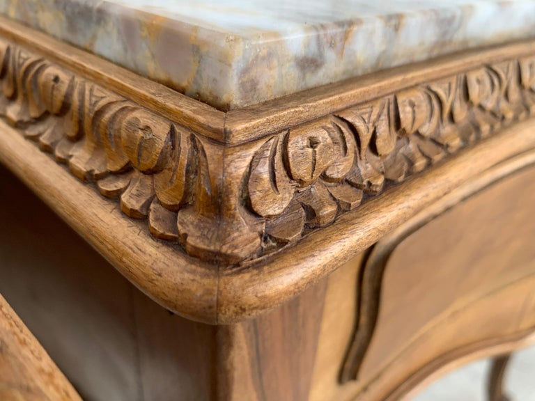 19th Century Pair of French Louis XV Carved Nightstands For Sale 2