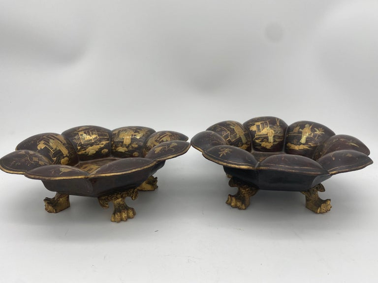 19th Century Pair of Golden Black Lacquer Chinese Plates For Sale 5
