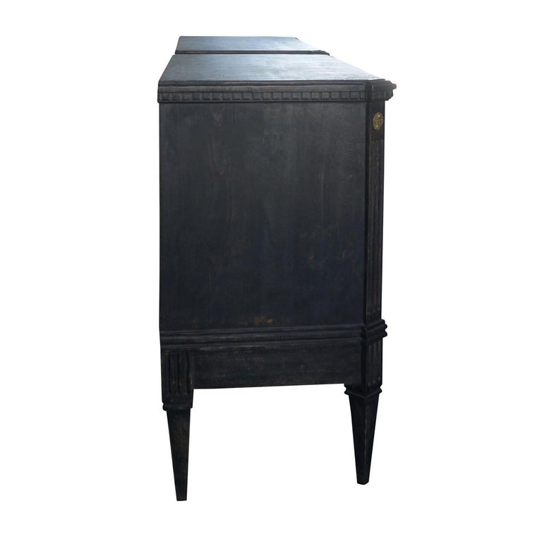Swedish 19th Century Pair of Gustavian Chests For Sale