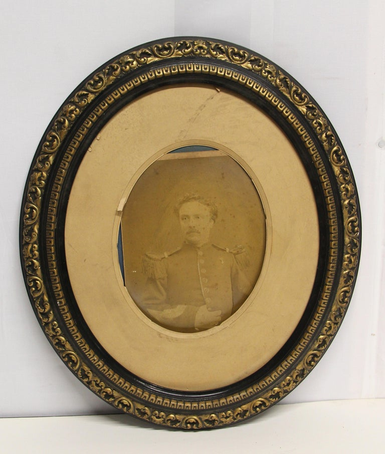 Glass 19th Century Pair of Imported Decorative Oval Framed Vintage Portraits For Sale