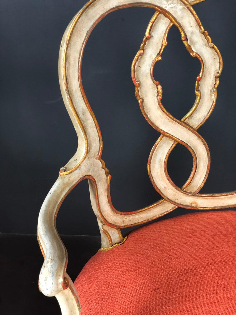 19th Century Pair of Italian Armchairs Painted and Parcel Gilt In Good Condition For Sale In Santander, ES