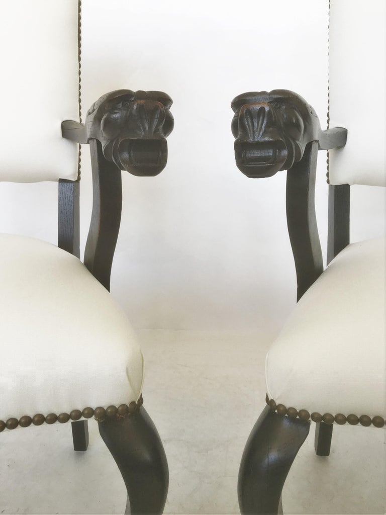 19th Century Pair of Italian Carved Walnut Armchairs For Sale 2