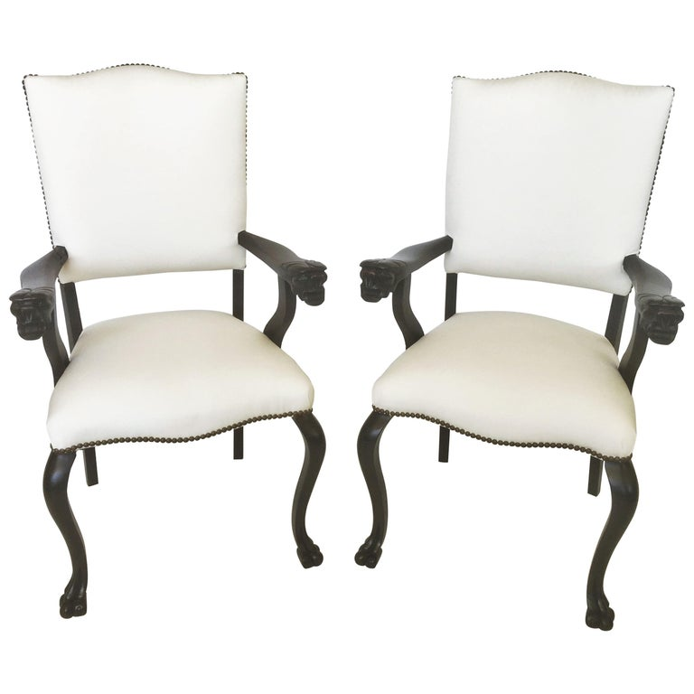 19th Century Pair of Italian Carved Walnut Armchairs For Sale