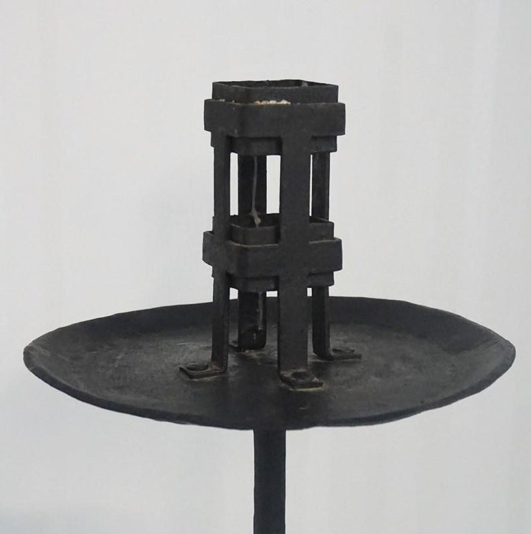 Early 19th Century Pair of Italian Wrought Iron Church Torchères, Candleholders For Sale 5