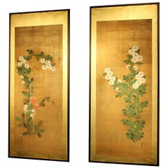 19th Century Pair of Japanese Panels Painted in Pigmens and Gofun on Golden Silk