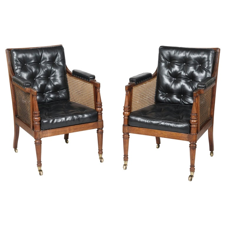 19th Century Pair of Mahogany and Black Leather Armchairs attributed to Gillows For Sale