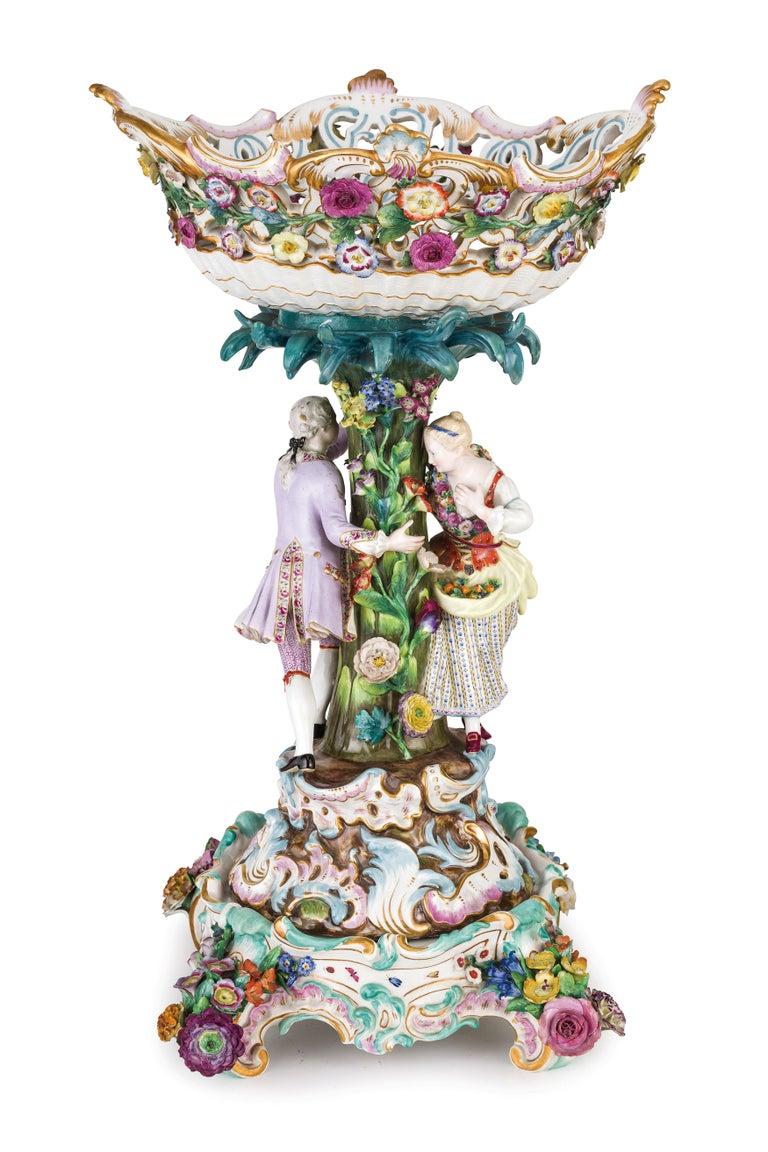 Rococo 19th Century Pair of Meissen Porcelain Centerpieces For Sale