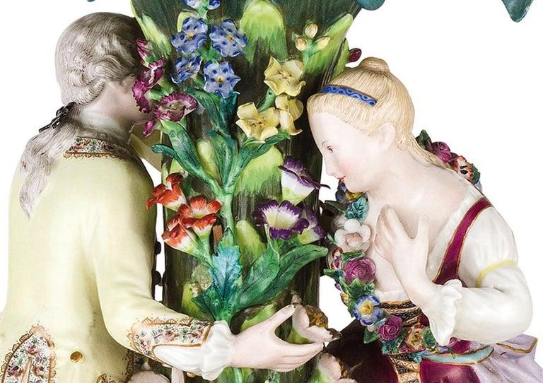 19th Century Pair of Meissen Porcelain Centerpieces For Sale 2