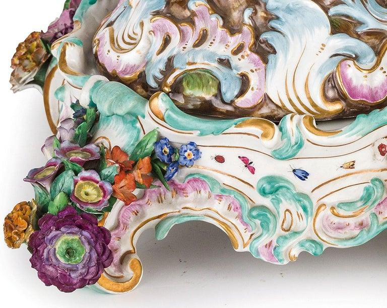 19th Century Pair of Meissen Porcelain Centerpieces For Sale 3