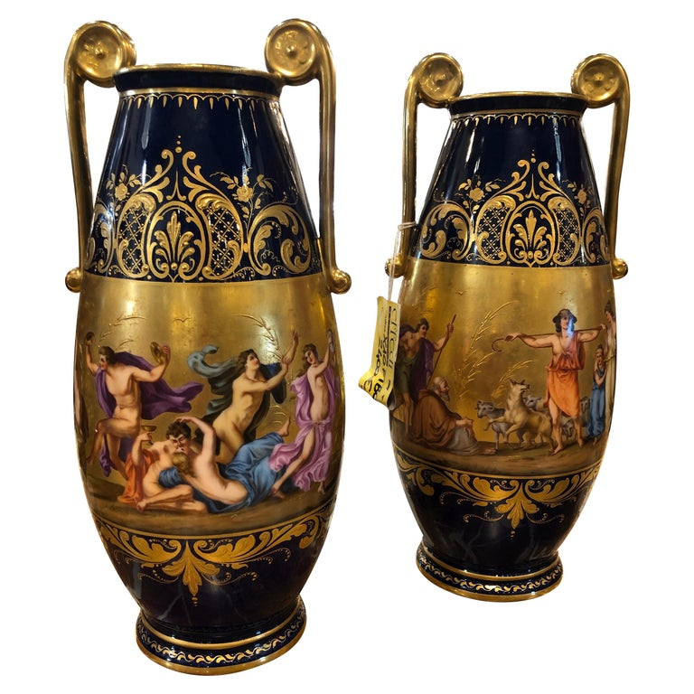 19th Century Pair of Napoleon III° Porcelain Vases Vienna, 1860s