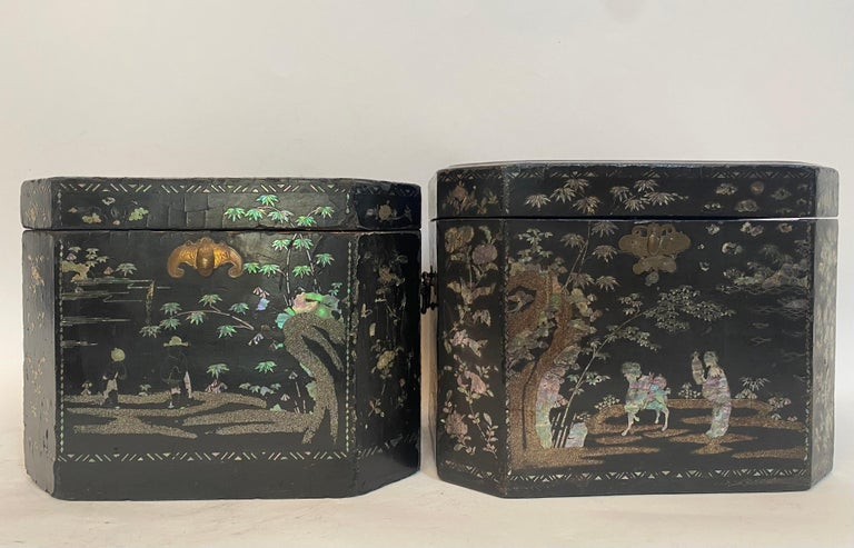 19th Century Two Shell Inlaid Black Lacquer Big Chinese Storage Boxes For Sale 12