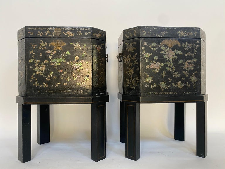 Qing 19th Century Unique Pair of Shell Inlaid Black Lacquer Big Chinese Tea Caddies For Sale