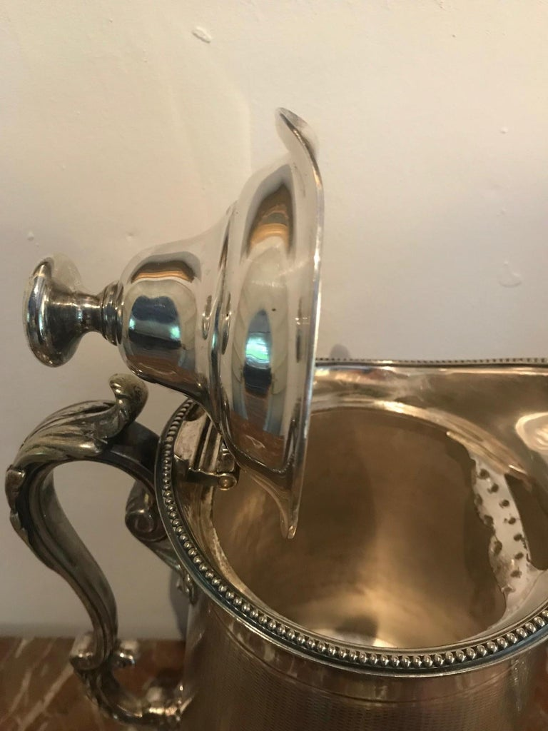 19th Century Pair of Silverplate Water Jugs/Pitchers For Sale 3