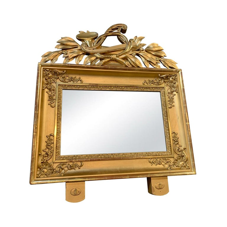 Hand-Carved 19th Century Swedish Pair of Gilded Wood Wall Mirrors For Sale
