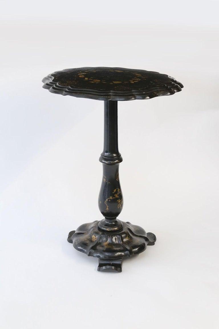 Mother-of-Pearl 19th Century Ebonized Papier Mâché Table