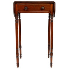 19th Century Pembroke Drop-Leaf Mahogany Table