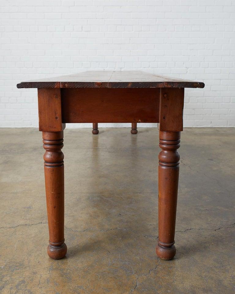 American 19th Century Pennsylvania Dutch Farmhouse Harvest Table For Sale