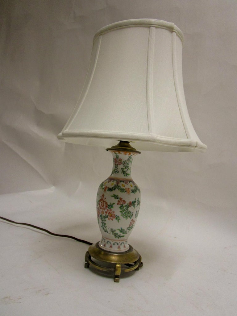 19th Century Petite Chinese Export Table Lamp For Sale 2