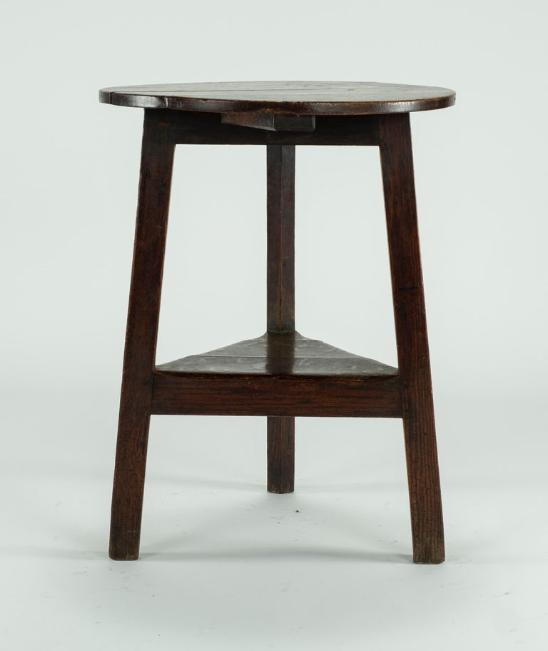 English 19th Century Pine Cricket Table For Sale