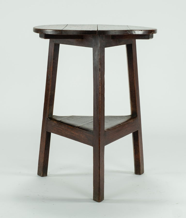 19th Century Pine Cricket Table In Good Condition For Sale In Houston, TX