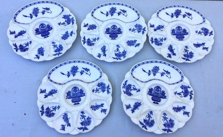 British 19th Century Porcelain Flow Blue Oyster Plate Minton For Sale