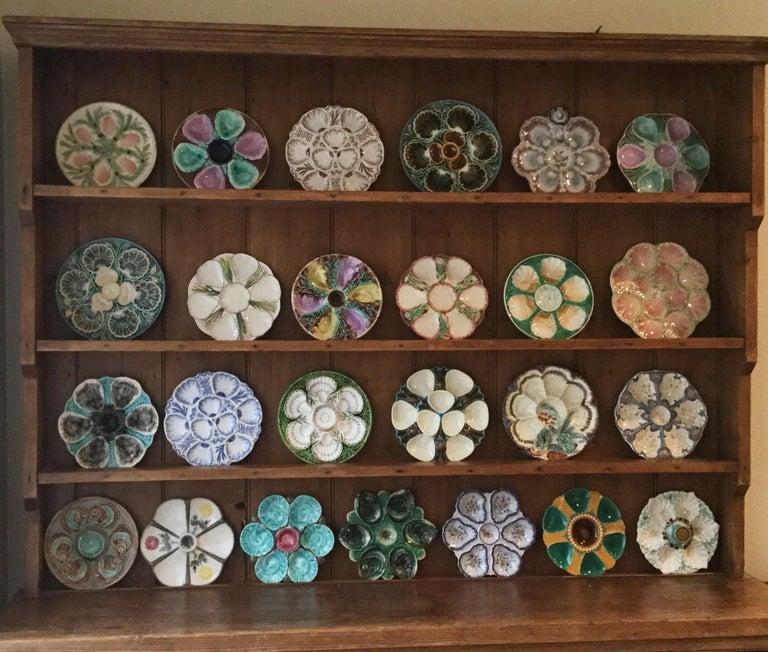 19th Century Porcelain Flow Blue Oyster Plate Minton For Sale 2