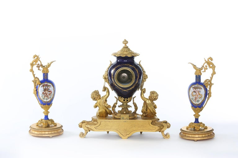 19th Century Porcelain or Gilt Bronze Three-Piece Garniture For Sale 8