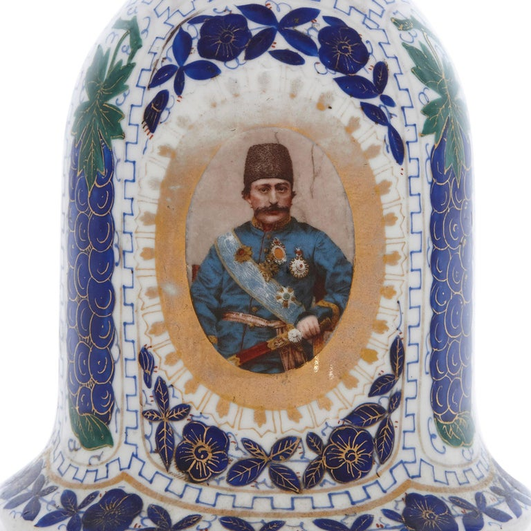 19th Century Porcelain Huqqa with Persian Decoration In Good Condition For Sale In London, GB