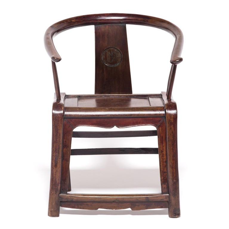 Prior to the 10th century, Chinese society eschewed raised seats in favour of mats. The rising popularity of chairs and other forms of elevated seating led craftsmen to adapt traditional cabinetry and architecture techniques to the human body. In
