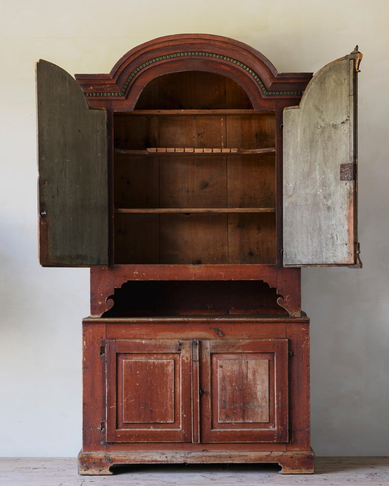 Swedish 19th Century Provincial Gustavian Cabinet For Sale