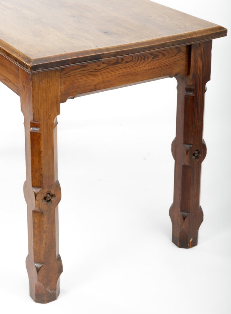 19th Century Pugin Style English Pine Table For Sale 1