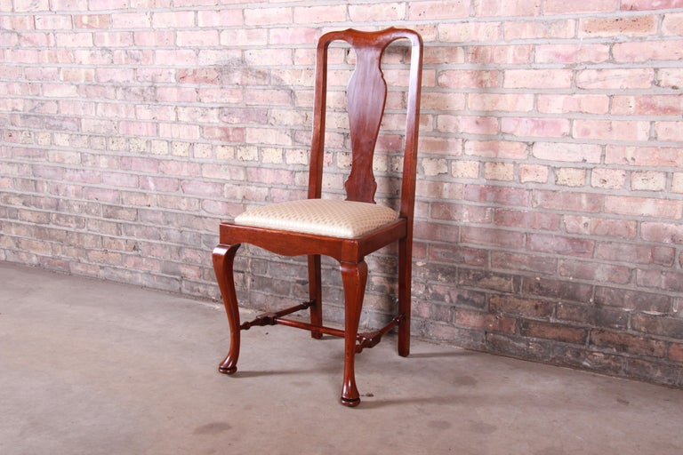 19th Century Queen Anne Mahogany Dining Chairs, Set of Six For Sale 6