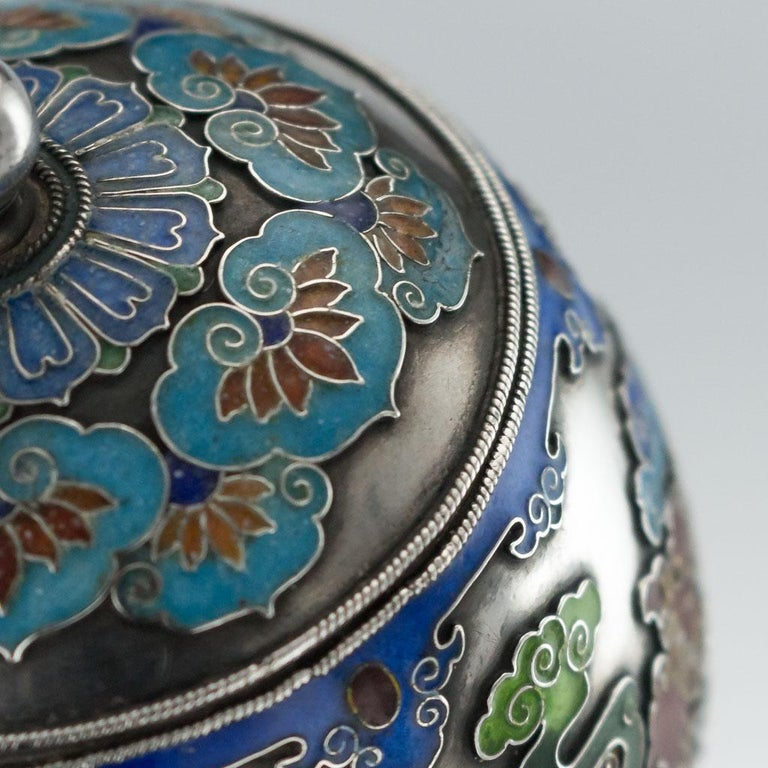 19th Century Rare Chinese Export Solid Silver and Enamel Pot, circa 1880 For Sale 8