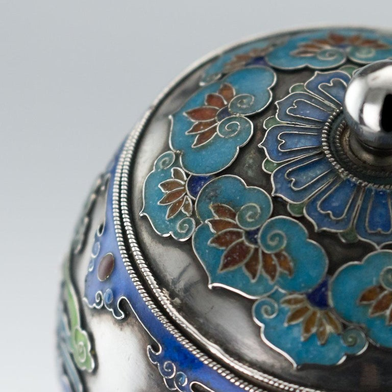 19th Century Rare Chinese Export Solid Silver and Enamel Pot, circa 1880 For Sale 6