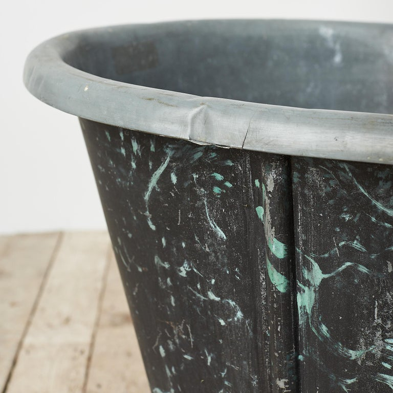 19th Century Reclaimed French Zinc Bath with Marbled Decoration For Sale 1