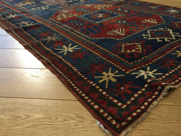 19th Century Red and Blue Wool Medallions Kazak Chajli Caucasian Rug, 1870s For Sale 8